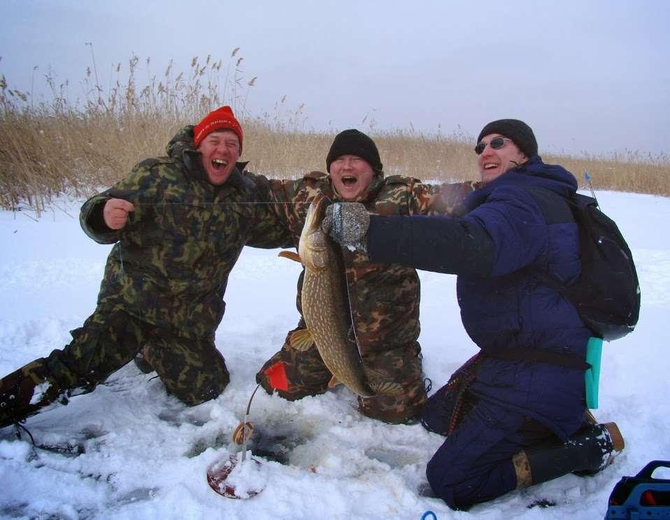 Рыболовная база для зимней рыбалки